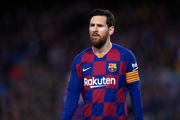 messi news-lionel messi in barcelona home kit against real sociedad