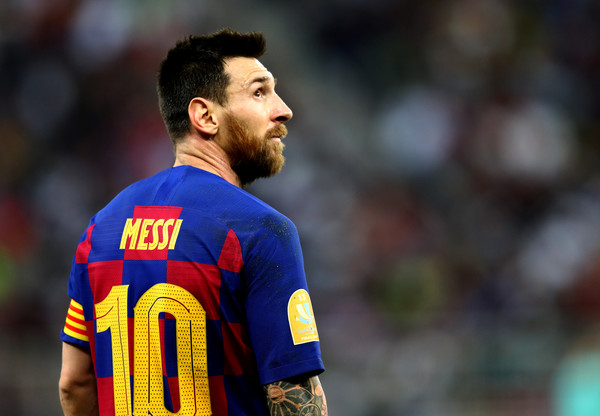 fc barcelona transfer news-Messi in blue red jersey