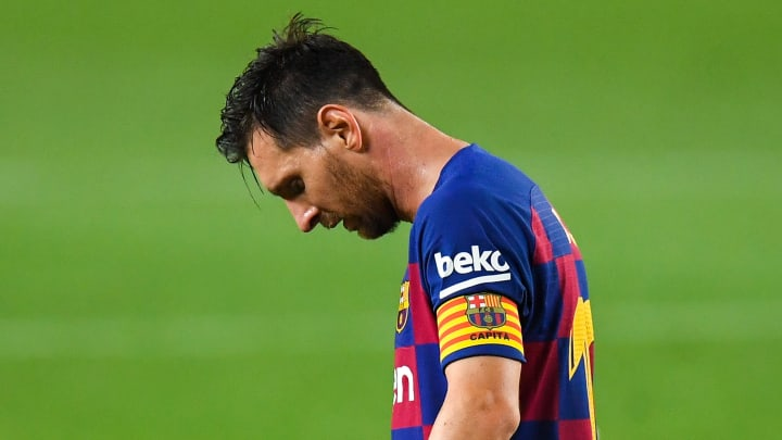 la liga barcelona messi-lionel messi disappointed in blue red home jersey