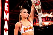 ronda rousey return wwe-ronda rousey in white top holding championship