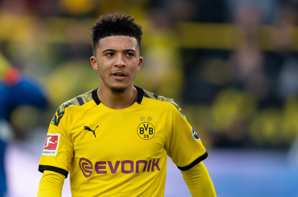 jadon sanchoo man utd-jadon sancho in yellow dortmund jersey