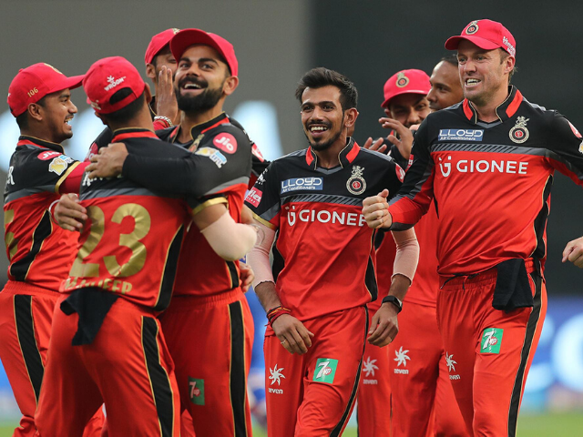 ipl 2020 schedule with squad-royal challenger bangalore in red and black jersey