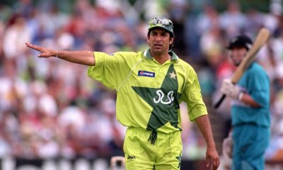 best swing bowlers of all time- wasim akram in green pakistan jersey